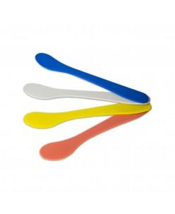 Plastic spatula (1 pcs.)